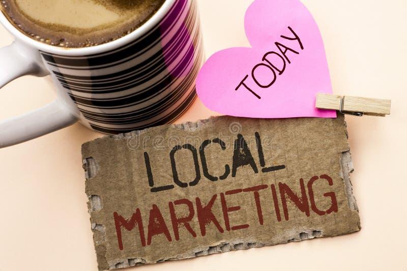Σημάδι κειμένων που παρουσιάζει τοπικό μάρκετινγκ Εννοιολογικές εμπορικές τοπικά ανακοινώσεις διαφήμισης φωτογραφιών περιφερειακέ στοκ εικόνες