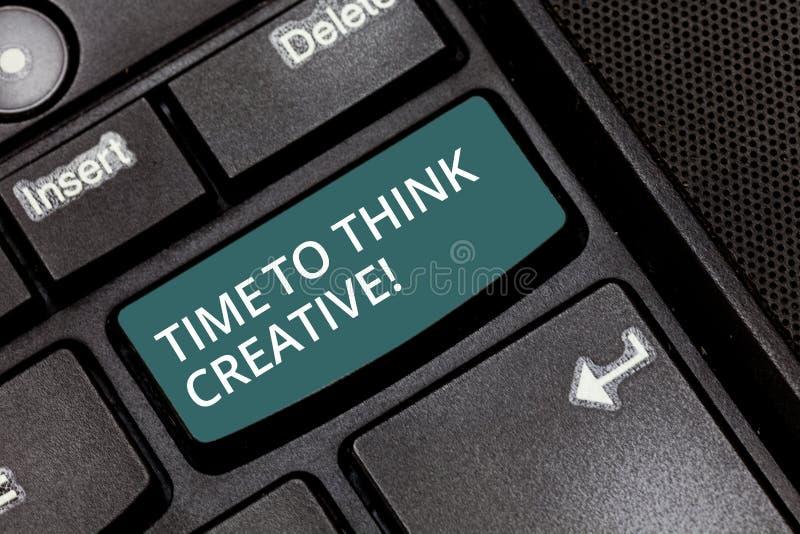 Σημάδι κειμένων που παρουσιάζει χρόνο να σκεφτεί δημιουργικός Εννοιολογικές αρχικές ιδέες δημιουργικότητας φωτογραφιών που σκέφτο διανυσματική απεικόνιση
