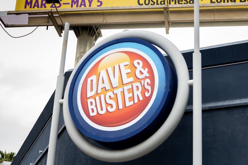 Σημάδι κτηρίου Dave και buster στοκ φωτογραφίες