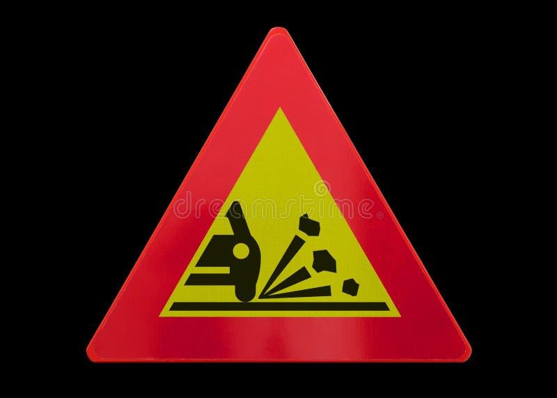 Σημάδι κυκλοφορίας που απομονώνεται - εκτίναξη του αμμοχάλικου στοκ φωτογραφία με δικαίωμα ελεύθερης χρήσης