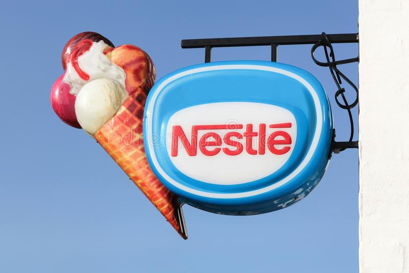 Σημάδι παγωτού της Nestle στοκ φωτογραφία με δικαίωμα ελεύθερης χρήσης