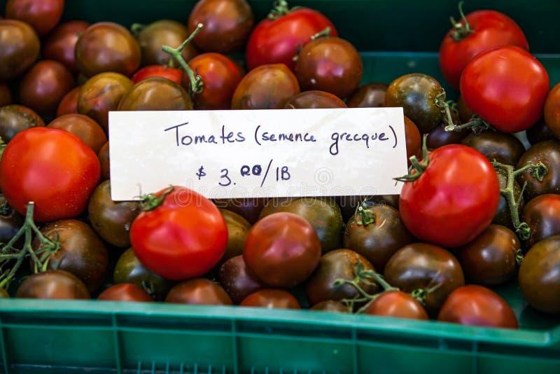Σημάδι που πωλεί τις ελληνικές ντομάτες με το όνομα τα tomates grecques στοκ εικόνες με δικαίωμα ελεύθερης χρήσης