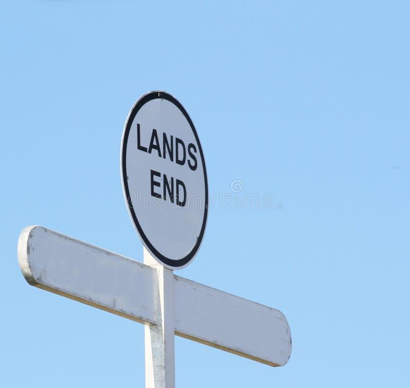 Σημάδι στην περιοχή τελών εδάφους ` s, Κορνουάλλη, Αγγλία, Ηνωμένο Βασίλειο στοκ φωτογραφία με δικαίωμα ελεύθερης χρήσης