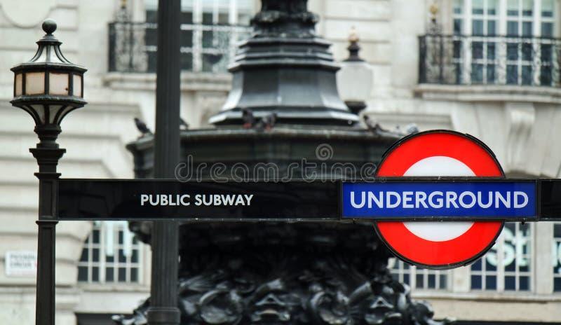 Σημάδι σωλήνων Μετρό του Λονδίνου στοκ εικόνες