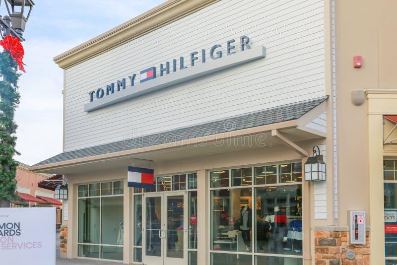 Σημάδι του Tommy Hilfiger στοκ εικόνες με δικαίωμα ελεύθερης χρήσης