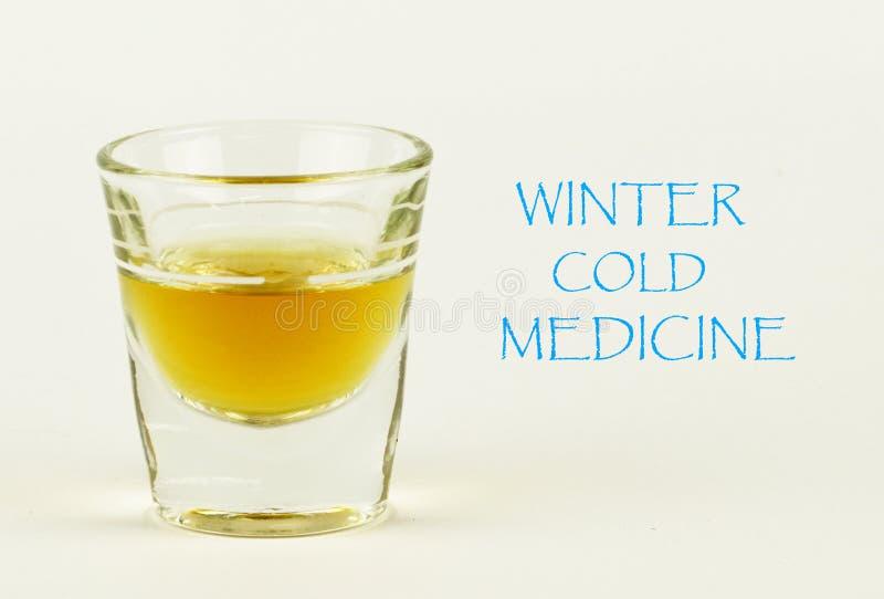 Σημάδι χειμερινής κρύο ιατρικής με το πυροβοληθε'ν γυαλί στοκ φωτογραφία με δικαίωμα ελεύθερης χρήσης