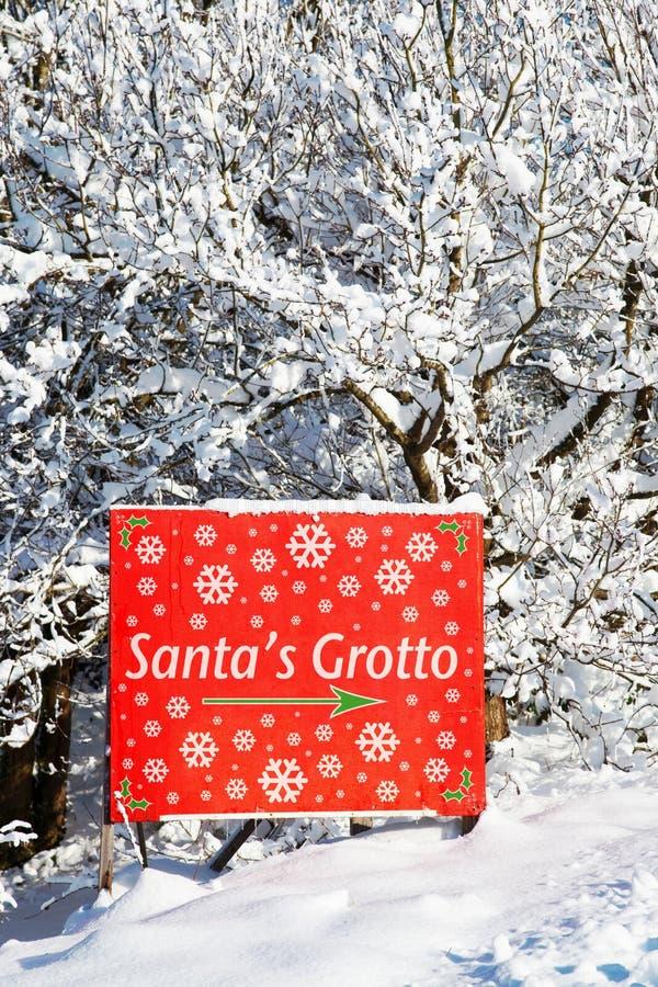 Download σημάδι santa grotto s στοκ εικόνες. εικόνα από χειμώνας - 17057336