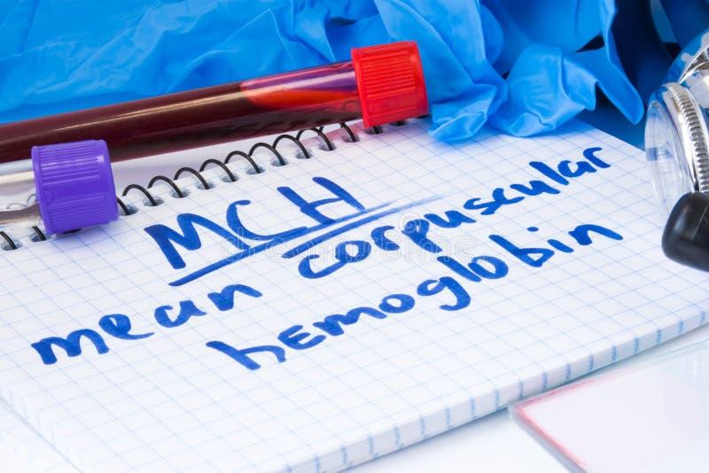 Σημάνετε τους σωματιδιακούς MCH διαδικασίας αρίθμησης αιμογλοβίνης σωλήνες εργαστηριακών τεστ εξετάσεων αίματος με το αίμα, το στ στοκ φωτογραφίες με δικαίωμα ελεύθερης χρήσης