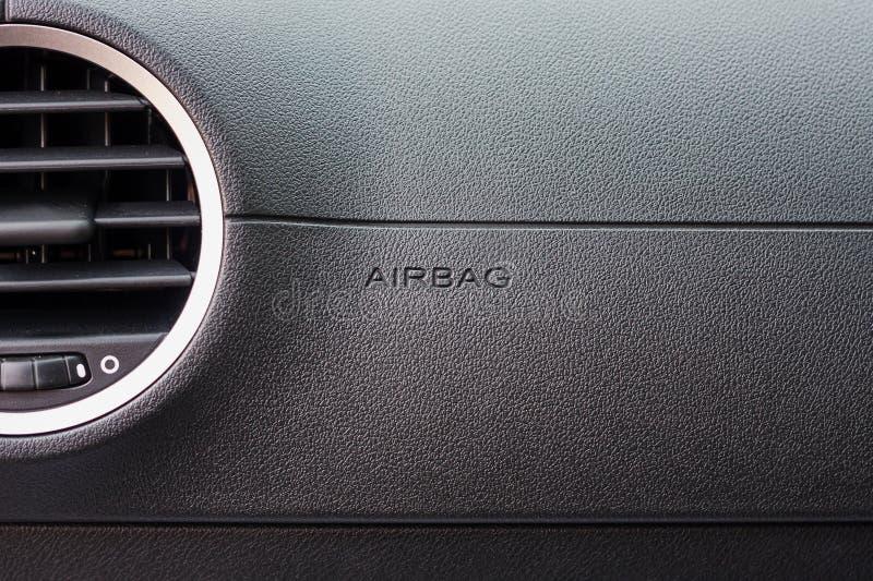 Σημάδι αερόσακων στο αυτοκίνητο στοκ εικόνες
