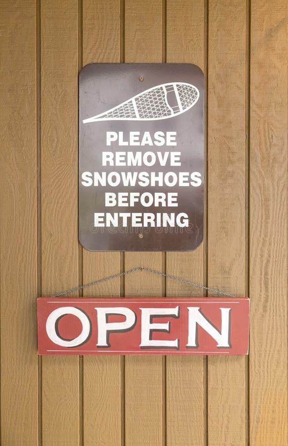 Σημάδι παπουτσιών χιονιού στοκ φωτογραφία με δικαίωμα ελεύθερης χρήσης