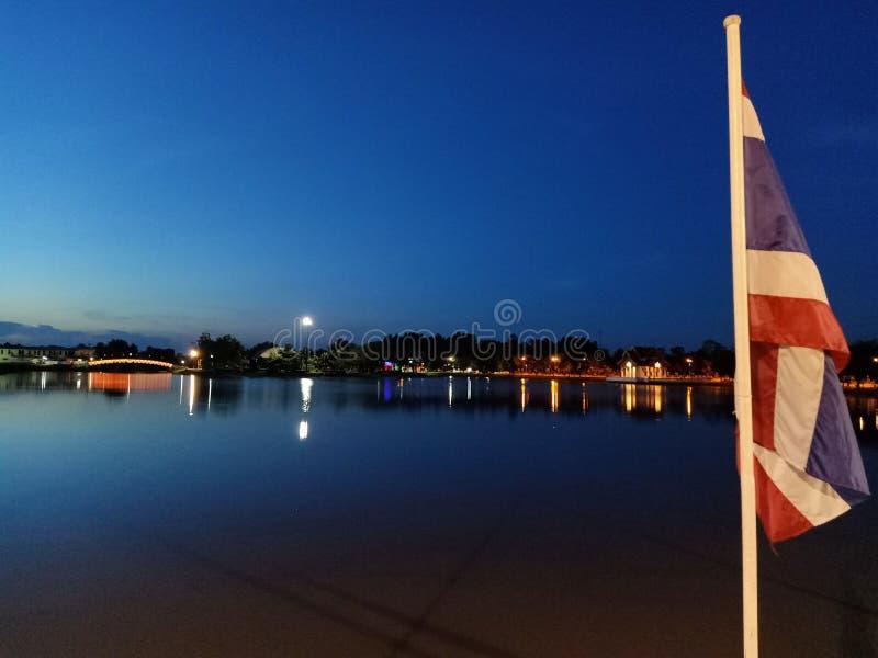 Σημαία και ουρανός της Ταϊλάνδης στοκ φωτογραφία