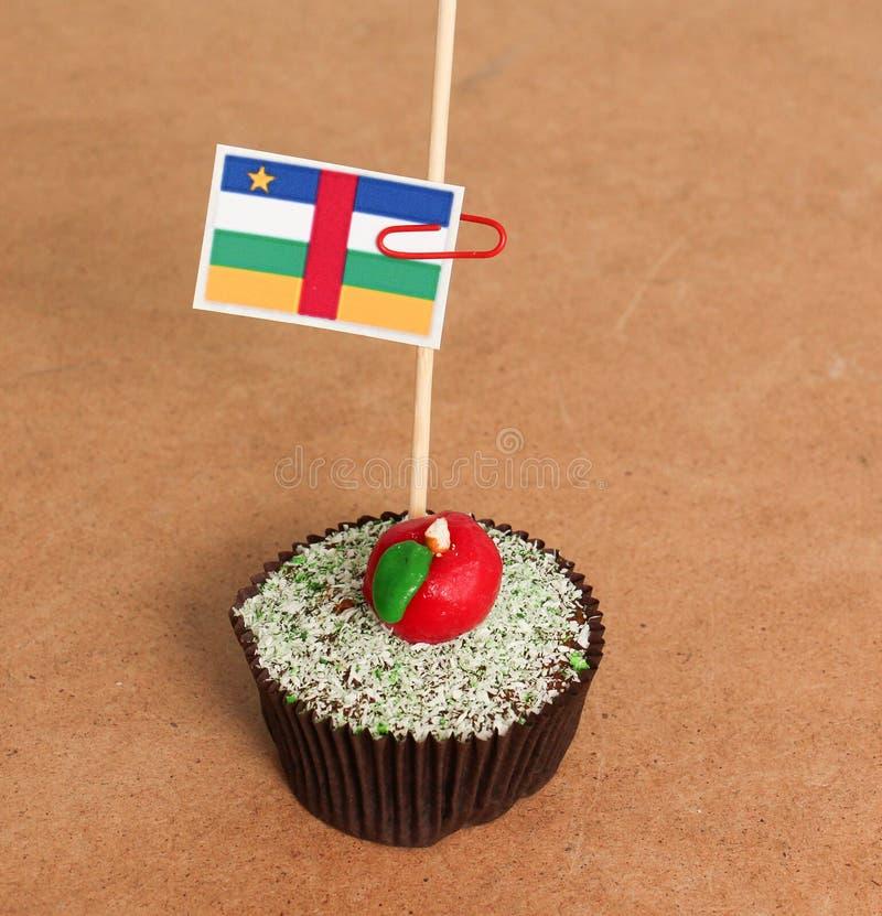 Σημαία σε ένα μήλο cupcake στοκ φωτογραφία με δικαίωμα ελεύθερης χρήσης