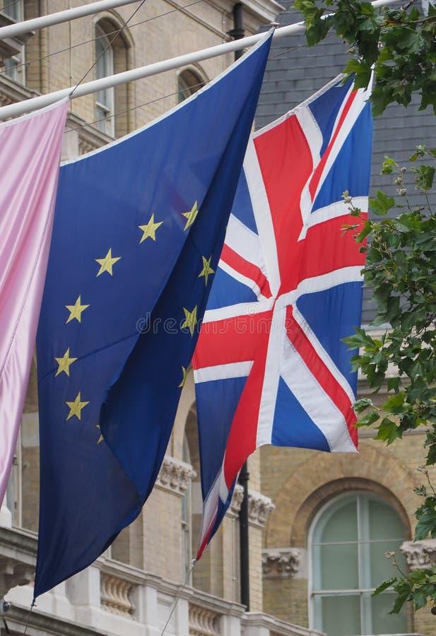 σημαία του Ηνωμένου Βασιλείου (UK) άλλως Union Jack and European Unio στοκ φωτογραφία