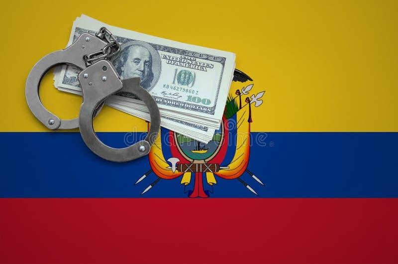 Σημαία του Ισημερινού με τις χειροπέδες και μια δέσμη των δολαρίων Η έννοια της παράβασης του νόμου και των εγκλημάτων κλεφτών στοκ εικόνες