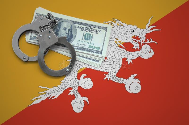 Σημαία του Μπουτάν με τις χειροπέδες και μια δέσμη των δολαρίων Η έννοια της παράβασης του νόμου και των εγκλημάτων κλεφτών στοκ εικόνα με δικαίωμα ελεύθερης χρήσης