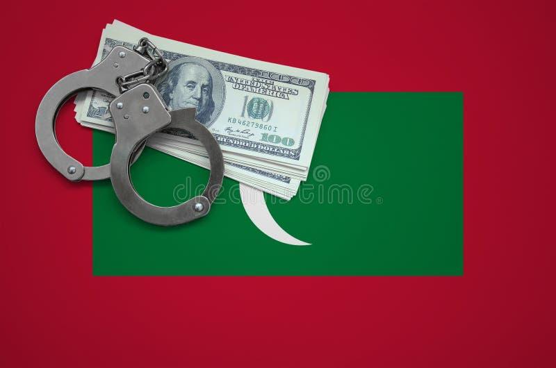 Σημαία των Μαλδίβες με τις χειροπέδες και μια δέσμη των δολαρίων Η έννοια της παράβασης του νόμου και των εγκλημάτων κλεφτών στοκ εικόνα
