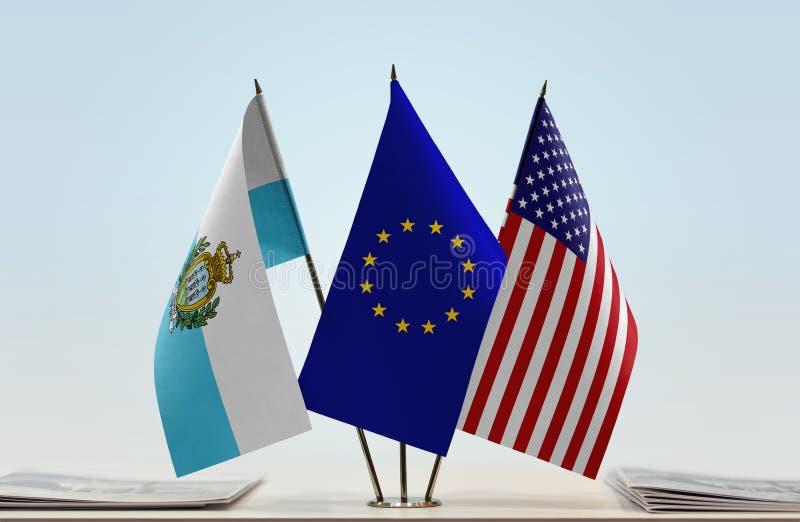 Σημαίες της ΕΕ και των ΗΠΑ του Άγιου Μαρίνου στοκ φωτογραφία με δικαίωμα ελεύθερης χρήσης
