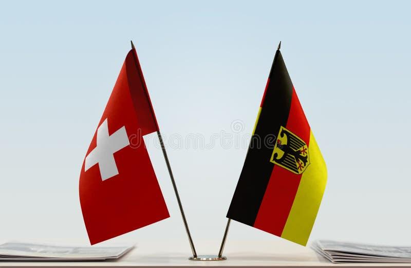 Σημαίες της Ελβετίας και της Γερμανίας στοκ εικόνα με δικαίωμα ελεύθερης χρήσης
