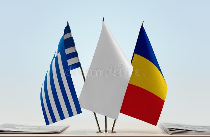 Σημαίες της Ελλάδας και της Ρουμανίας στοκ φωτογραφία με δικαίωμα ελεύθερης χρήσης