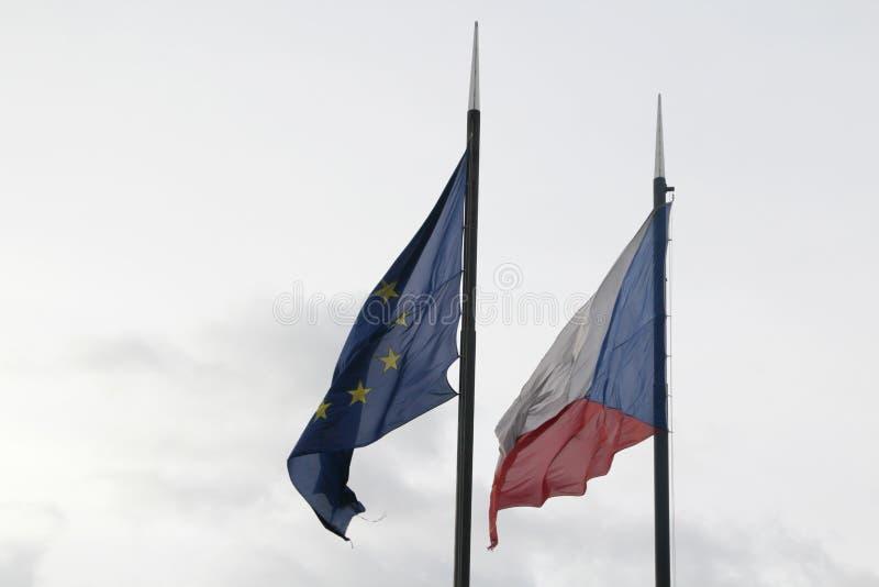 Σημαίες της Ευρωπαϊκής Ένωσης Δημοκρατίας της Τσεχίας και στοκ εικόνες