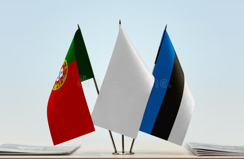 Σημαίες της Πορτογαλίας και της Εσθονίας στοκ εικόνες