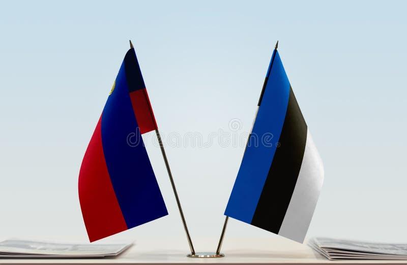 Σημαίες του Λιχτενστάιν και της Εσθονίας στοκ φωτογραφίες