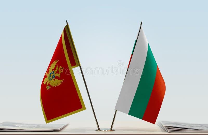 Σημαίες του Μαυροβουνίου και της Βουλγαρίας στοκ φωτογραφίες με δικαίωμα ελεύθερης χρήσης