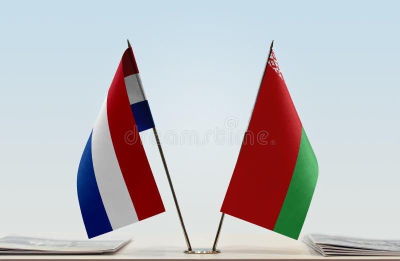 Σημαίες των Κάτω Χωρών και της Λευκορωσίας στοκ εικόνα με δικαίωμα ελεύθερης χρήσης