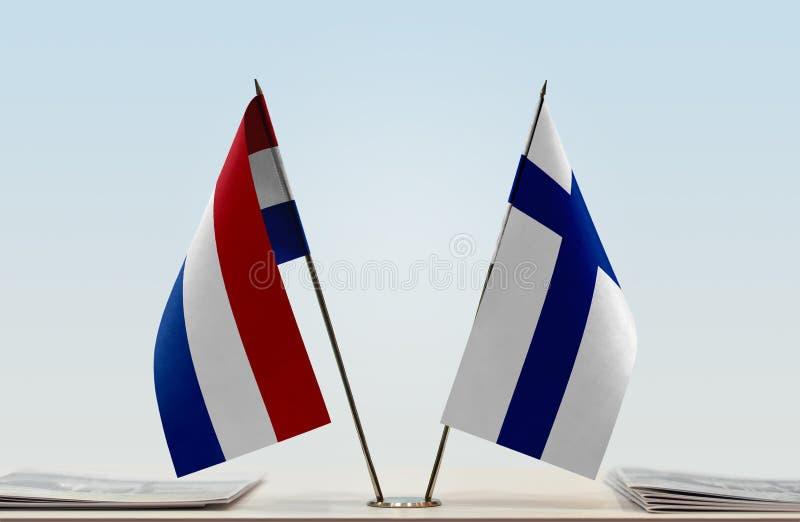 Σημαίες των Κάτω Χωρών και της Φινλανδίας στοκ εικόνες