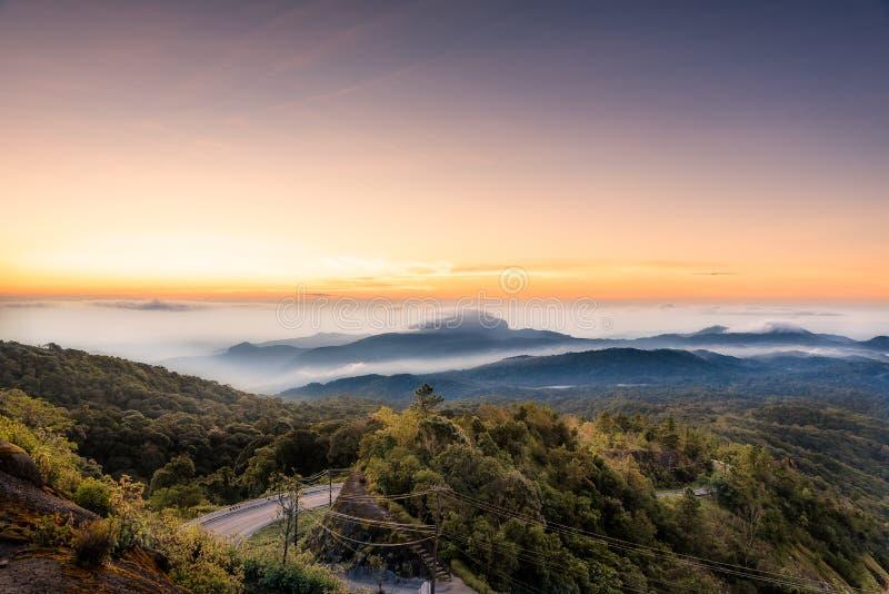 Σημείο άποψης από το βουνό Inthanon στοκ φωτογραφία