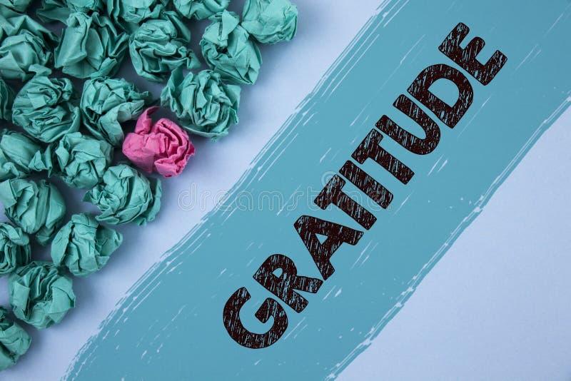 Σημείωση γραψίματος που παρουσιάζει ευγνωμοσύνη Η ποιότητα επίδειξης επιχειρησιακών φωτογραφιών της ύπαρξης ευγνώμων ευγνωμοσύνη  στοκ φωτογραφία με δικαίωμα ελεύθερης χρήσης