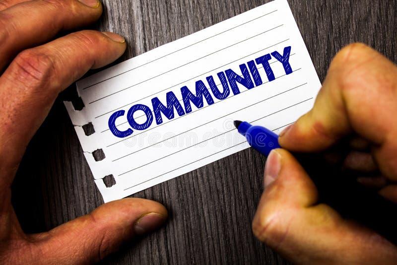 Σημείωση γραψίματος που παρουσιάζει Κοινότητα Επιδεικνύοντας hol ατόμων ομάδας ενότητας συμμαχίας κρατικών συνεταιρισμών ένωσης γ στοκ φωτογραφία