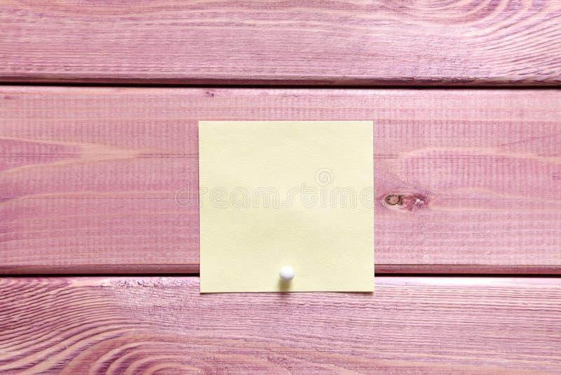 Σημειώσεις, αυτοκόλλητες ετικέττες στοκ φωτογραφία με δικαίωμα ελεύθερης χρήσης