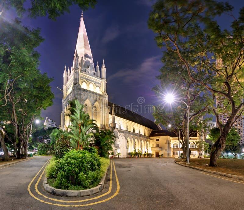 Σιγκαπούρη - Ο καθεδρικός ναός του Andrew τη νύχτα στοκ εικόνες