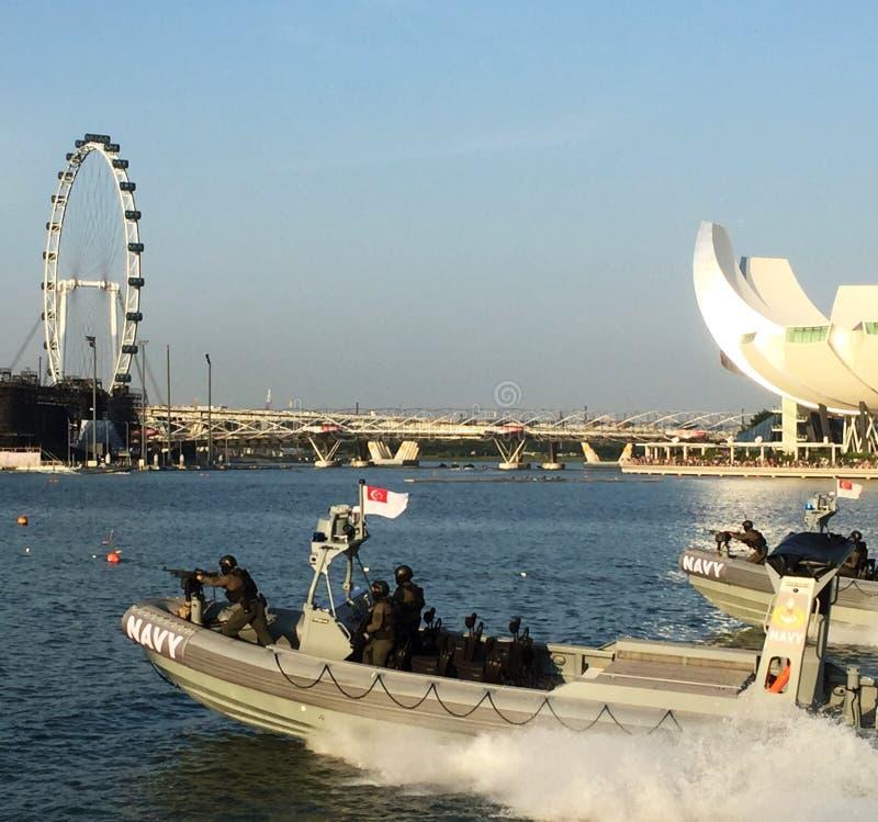 Σιγκαπούριος λέμβοι ταχύτητας ναυτικού στοκ εικόνες