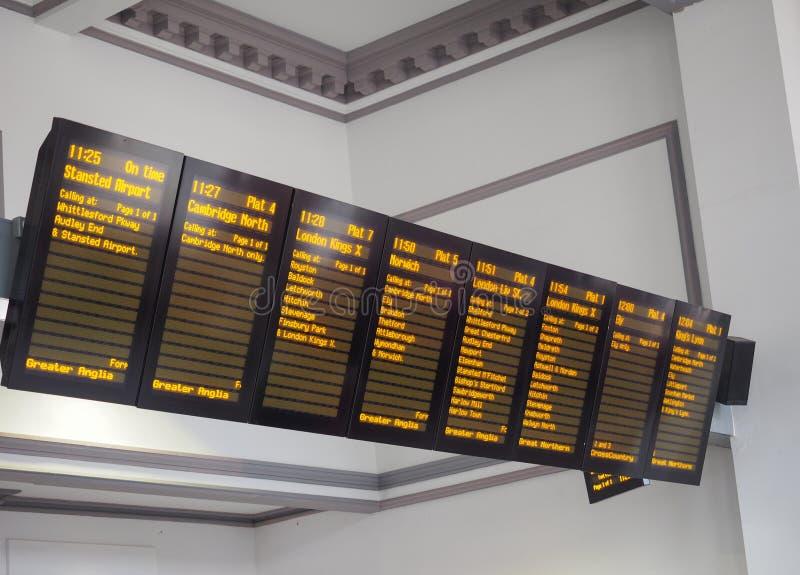 Σιδηροδρομικός σταθμός του Καίμπριτζ στοκ φωτογραφία με δικαίωμα ελεύθερης χρήσης
