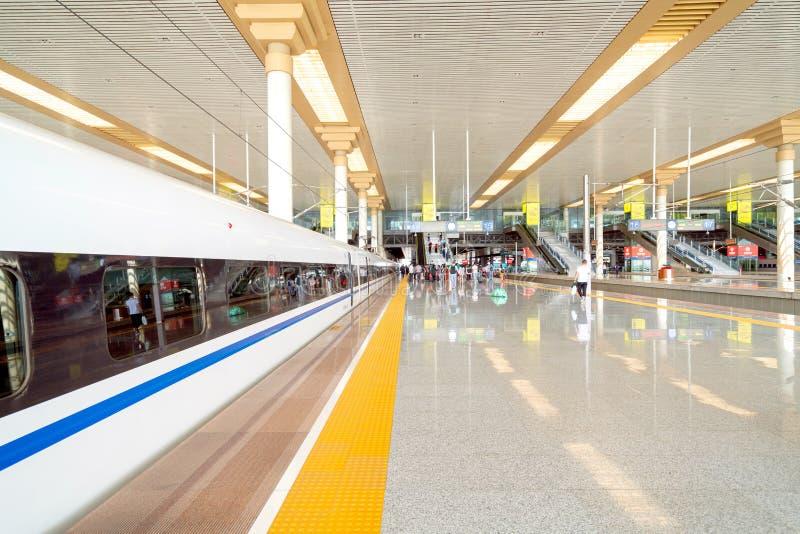 Σιδηροδρομικός σταθμός υψηλής ταχύτητας του Ναντζίνγκ στοκ φωτογραφία με δικαίωμα ελεύθερης χρήσης