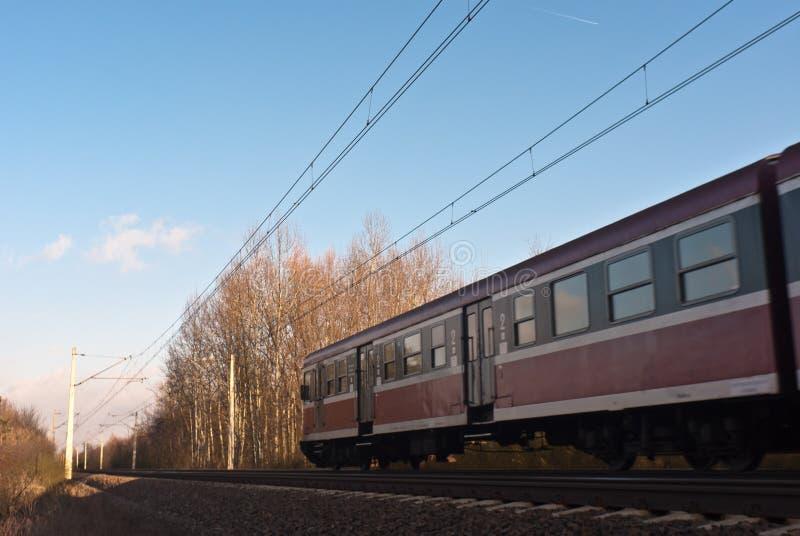 Download σιδηρόδρομος στοκ εικόνες. εικόνα από φυσικός, ταξίδι - 22784676