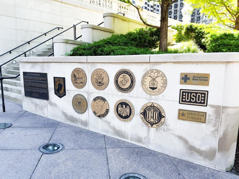 Σικάγο, Ιλλινόις, ΗΠΑ 07 06 2018 Αναμνηστικό σημάδι παλαιμάχων του Βιετνάμ στον τοίχο πετρών προκυμαία Καλοκαίρι Φως της ημέρας κ στοκ εικόνα με δικαίωμα ελεύθερης χρήσης
