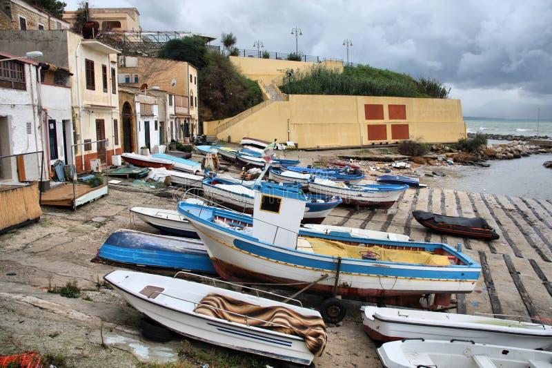 Download Σικελία στοκ εικόνα. εικόνα από πόλη, σπίτι, σπίτια, σικελία - 13177281