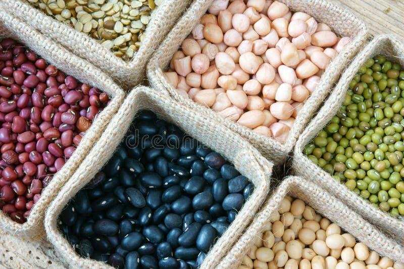 Σιτάρι, δημητριακά, υγιή τρόφιμα, κατανάλωση διατροφής στοκ εικόνα