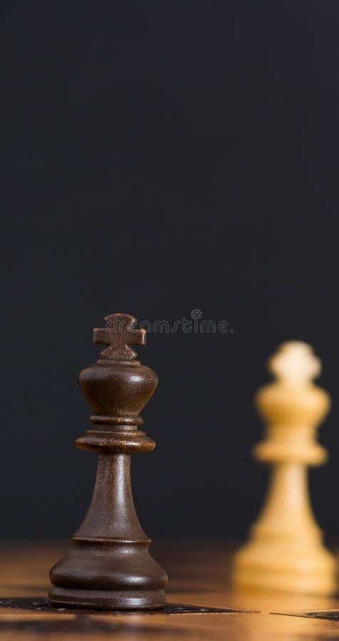 Σκάκι που φωτογραφίζεται σε μια σκακιέρα στοκ φωτογραφίες με δικαίωμα ελεύθερης χρήσης