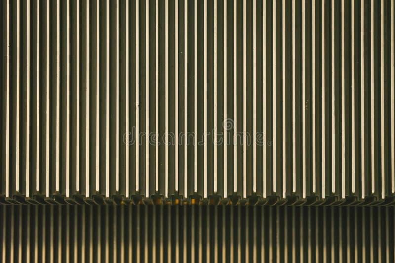 Σκάλα μετάλλων μιας κυλιόμενης σκάλας στοκ φωτογραφία