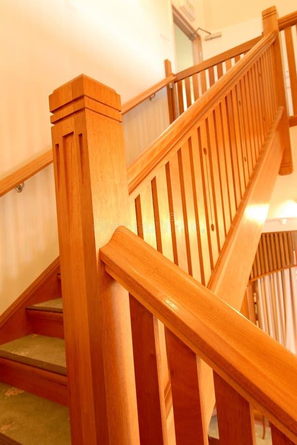 σκάλα ξύλινη στοκ φωτογραφίες