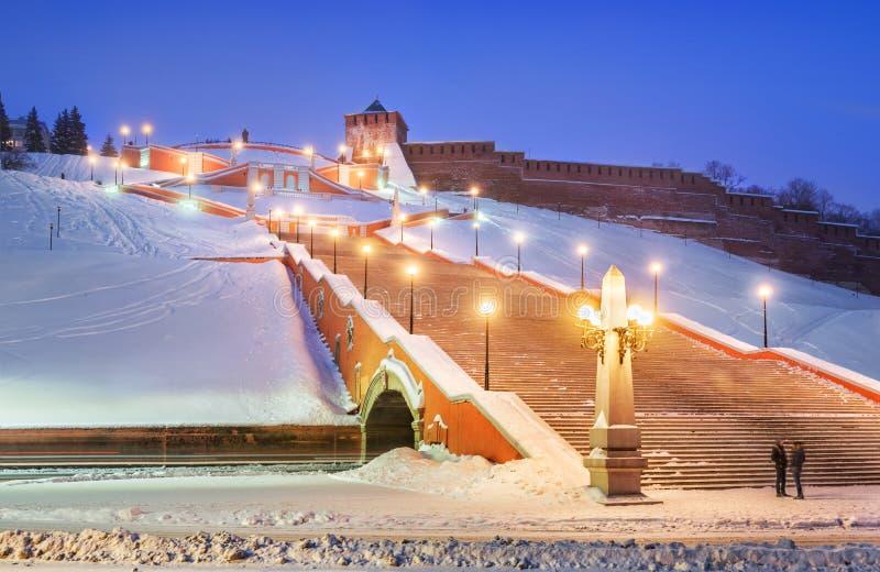 Σκάλα Chkalovskaya κοντά στους τοίχους του Nizhny Novgorod Κρεμλίνο στοκ φωτογραφίες με δικαίωμα ελεύθερης χρήσης