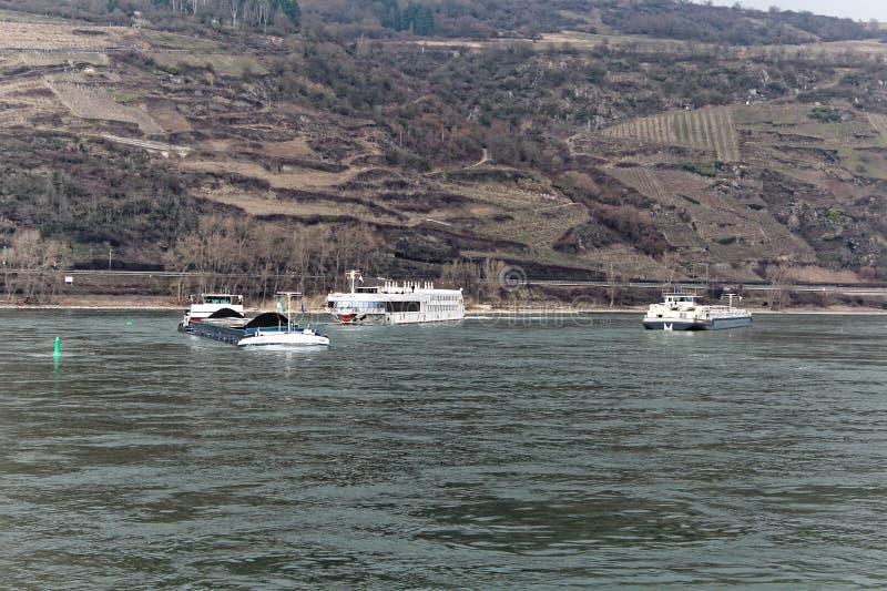 Σκάφη στον ποταμό Ρήνος στη Γερμανία στοκ φωτογραφίες με δικαίωμα ελεύθερης χρήσης