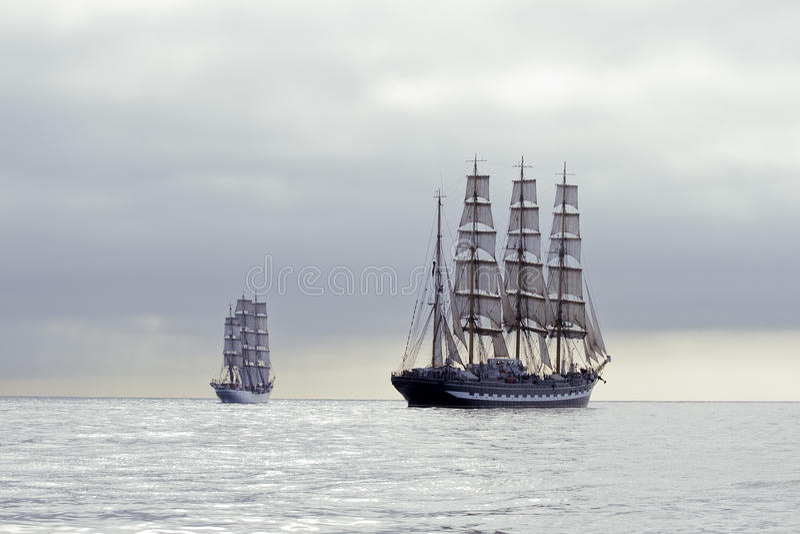 σκάφη ψηλά στοκ φωτογραφία