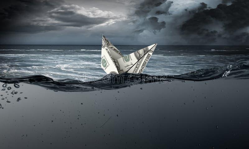 Σκάφος δολαρίων στο νερό στοκ φωτογραφίες με δικαίωμα ελεύθερης χρήσης