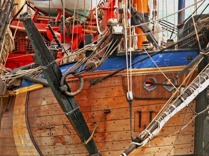 Download σκάφος πειρατών στοκ εικόνα. εικόνα από δάσος, ύδωρ, κόκκινος - 121289