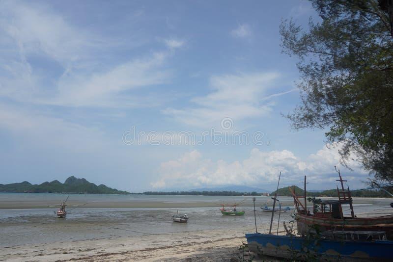 Σκάφος στη λάσπη στοκ φωτογραφίες με δικαίωμα ελεύθερης χρήσης